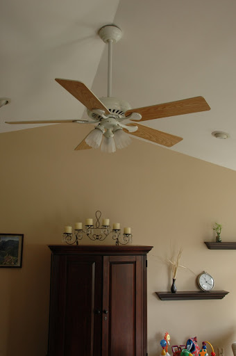Mounting ceiling fan on vaulted ceiling wanted imagery for Vaulted ceiling vs cathedral ceiling