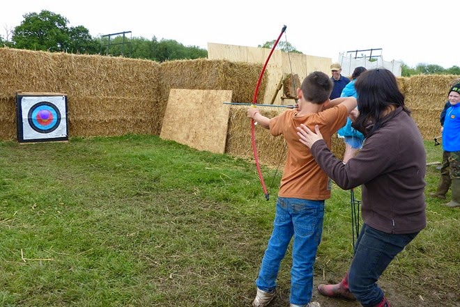 Bushcraft show, archery
