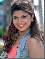 smart still rambha