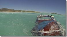 Dans l'eau on se magne quand même bien pour récupérer le matos avant la prochaine grosse mémère