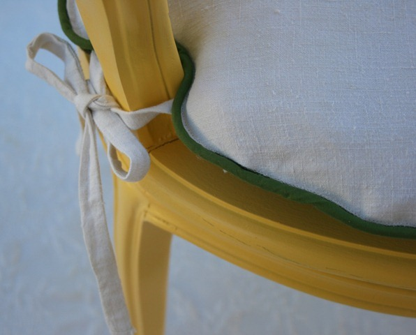 daisy chair 037