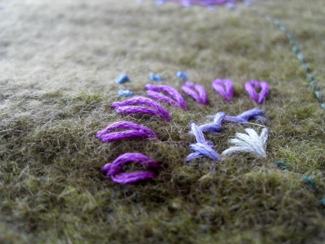 Bomuldsblomster på uld