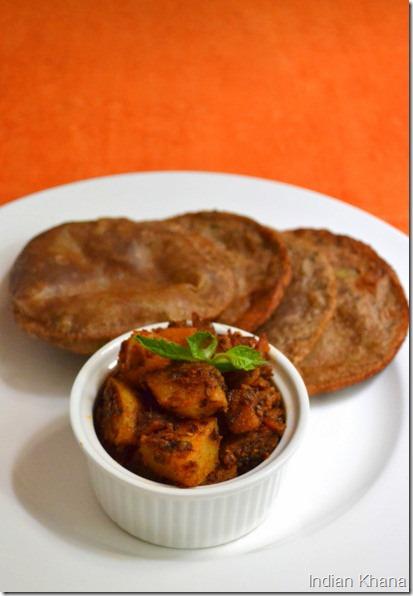 Vratwale Aloo Puri Navratri Fasting Khana
