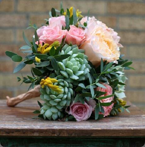 226688_316193865179998_319625839_n floral verde