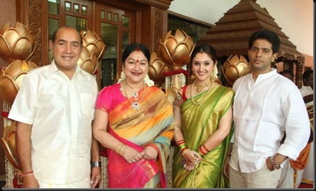 Celebrities at Sneha and Prasanna Wedding Reception_7
