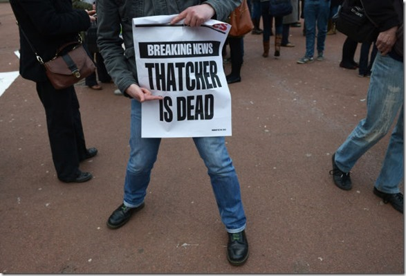 thatcher-death-party-6