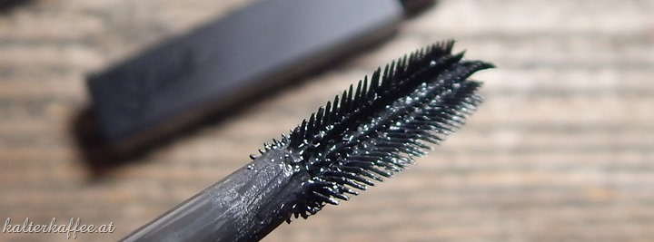 Sleek Make Up Lethal Length Mascara brush