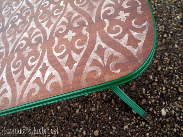 Stencilled & Distressed Coffee Table {Sawdust and Embryos}