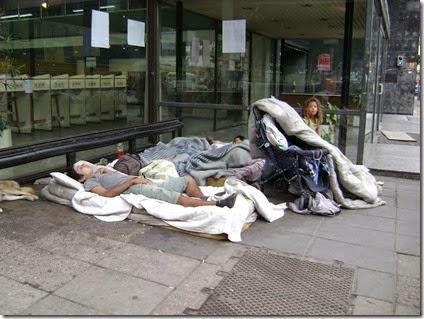Gente Durmiendo en la calle - Baires