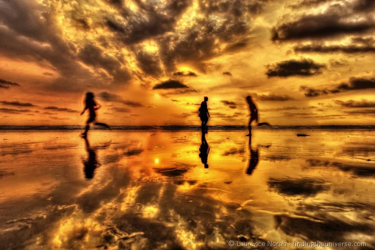 Sunset canoa children running silhouette_DxO
