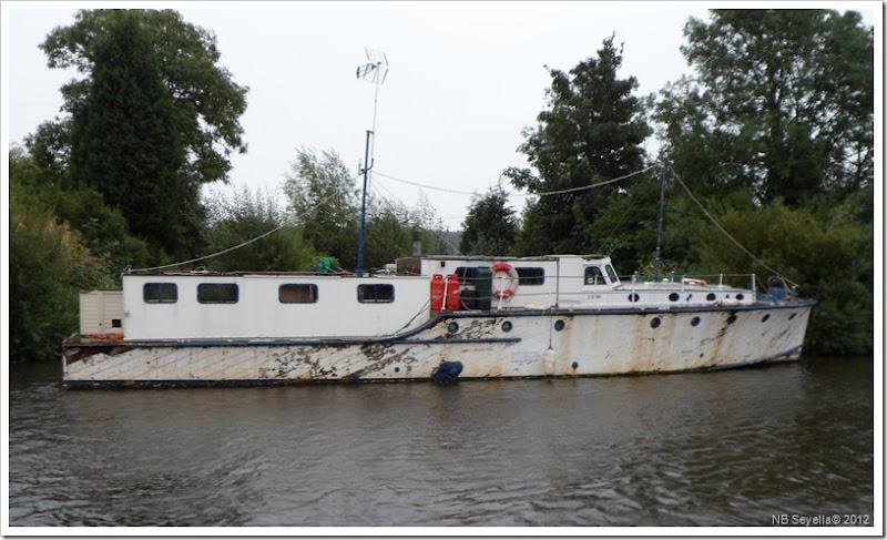 SAM_2574 Fine Boat