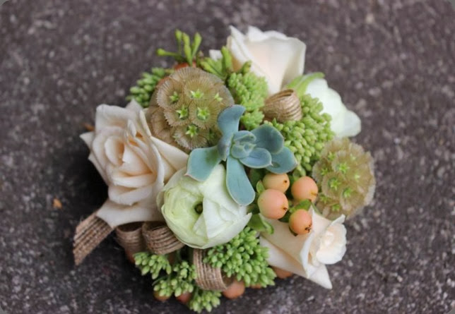 wrist corsage 1185389_551424421589479_1571939502_n sophisticated  floral designs