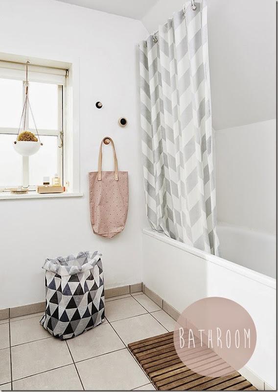 bathroomoyoy