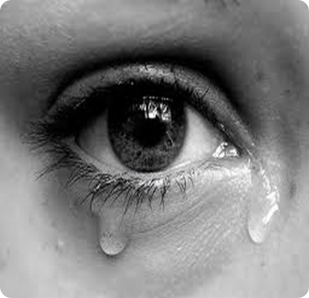 Tears comes in eye