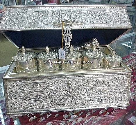 Kelantan KB Permai Silverware Shop beautiful heritage silverware product accessories earrings premium quality intricate handmade jewellery sterling 925 silversmithing souvenirs workshop Create own designs customize creation Harrods
