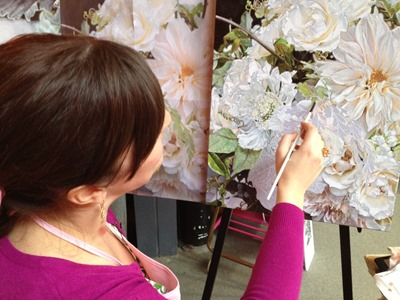 Hello Darling - Loreen of Reenia Rose painting a bouquet