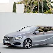 2013-Mercedes-A-Class-10.jpg