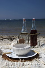 table at beach0104