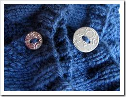 Mitts, Girls sweaters and boku longies 005