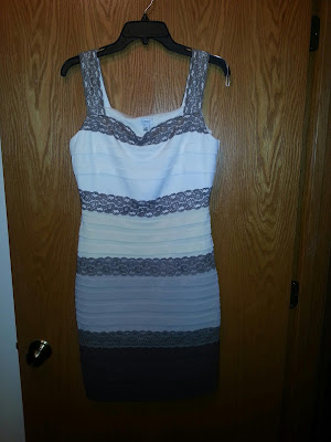 Pretty dress, size 10, cache