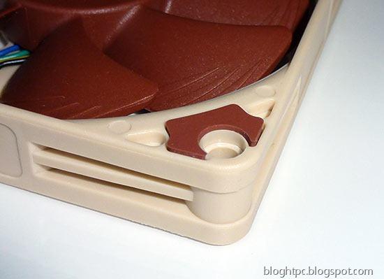 Ventilador NOCTUA NF-A9x14 pads antivibracion