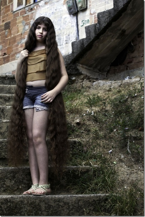 Longest-Hair-Of-12-Year-Old-Brazillian-Girl4