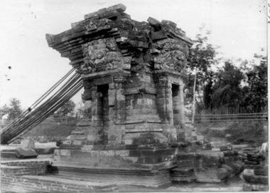 Candi Penataran Kuno