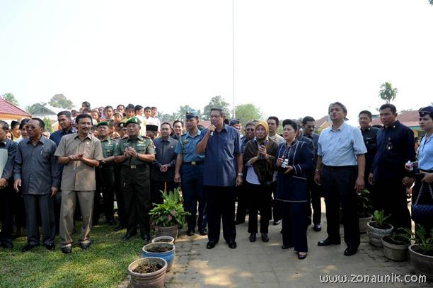 foto keseharian Presiden Indonesia Susilo Bambang Yudhoyono (32)
