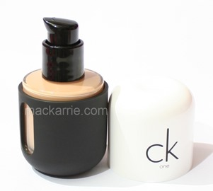 c_CKOneColor3in1FaceMakeUp1
