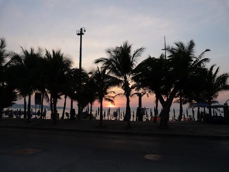 Ce sa vezi in Thailanda: Apus de soare la Pattaya
