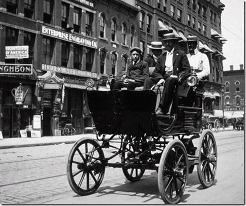 coche electrico 1900
