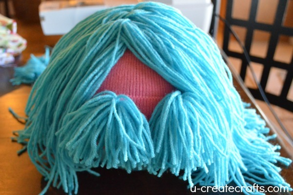 DIY Yarn Wig Tutorial 9