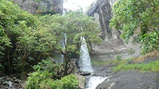 Savu-I-One Wasserfall; Wanderung im Koroyanitu National Heritage Park.
