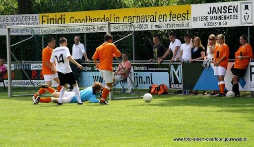 sss 18 familie en sponsorentoernooi 05-06-2011 (21).JPG