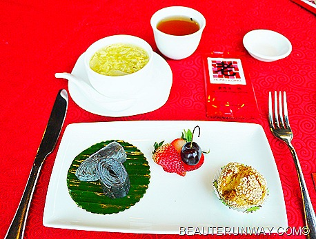 OLD HONG KONG TASTE REVIEW Classic Black Sesame Roll, Canton Pastry with Lotus Paste and Water Chestnut Tea Infused with Cinnamon