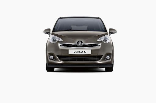 Toyota-Verso-S-03.jpg