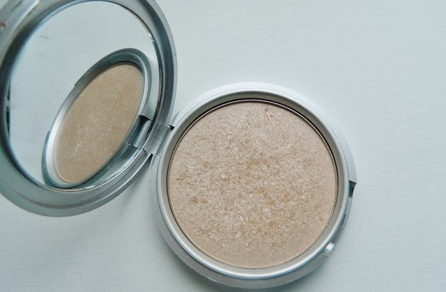Mary Lou Manizer The Balm Review
