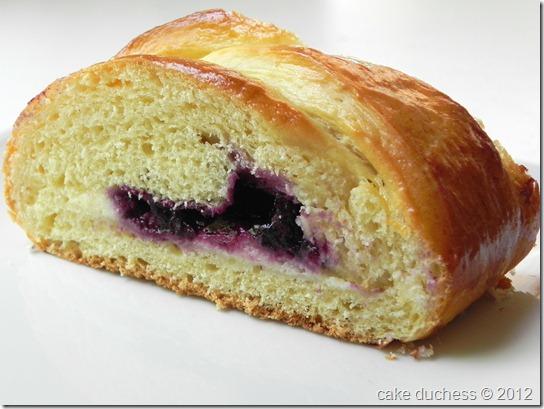blueberry-cream-cheese-braid-twelve-loaves-August-1