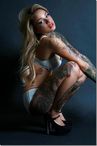 hot-tattoos-women-19