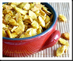 Kayupperi/quartered banana chips