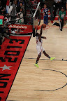 wearing brons nba lebron10 volt eric bledsoe 12 Wearing Brons: Eric Bledsoe Takes Flight in Volt LeBron Xs