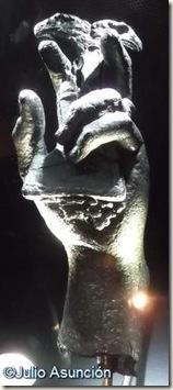 Mano de estatua romana - Museo arqueológico de Alicante