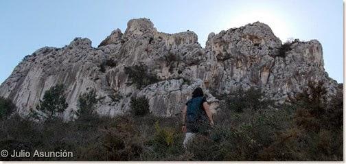 Subiendo hacia la Penya Grossa - Vall de Gallinera