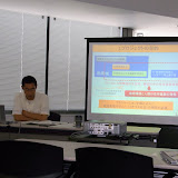 プロジェクトの概要について説明する石川氏 / Prof. Ishikawa explained the research objectives at preliminary meeting.