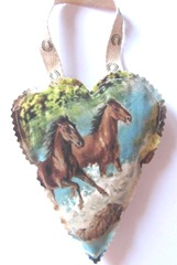 2011 fabric ornament horse heart