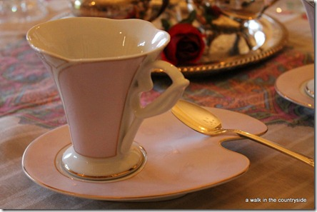 a walk in the countryside: pretty pink tea cup