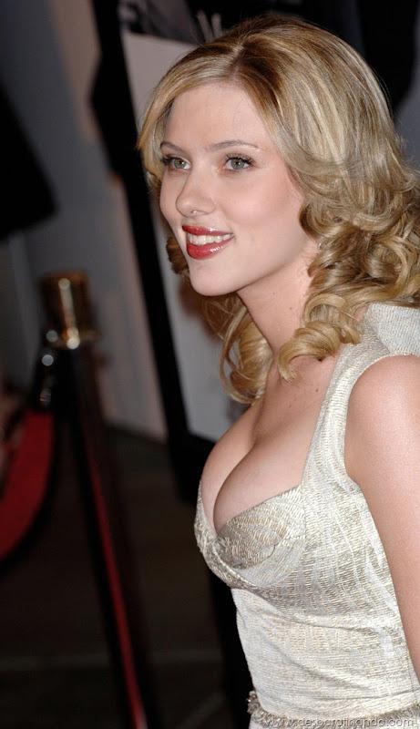 scarlett-johansson-linda-sensual-sexy-sexdutora-tits-boobs-boob-peitos-desbaratinando-sexta-proibida (1223)