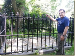 Naundorff grave and me (Small)