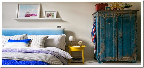 bedroom-with-blue-distres-001