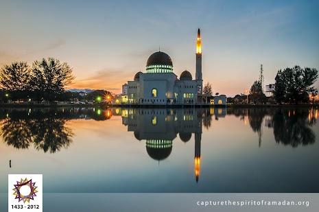 Mohd Azri-Suratmin-Malaysia-2.jpg